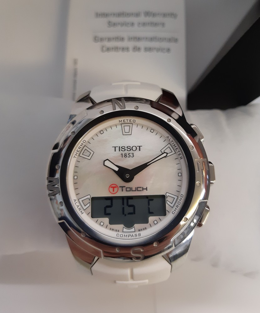 watch wqyrdngecm the s live on watches times gizmodo t co bear signum pin